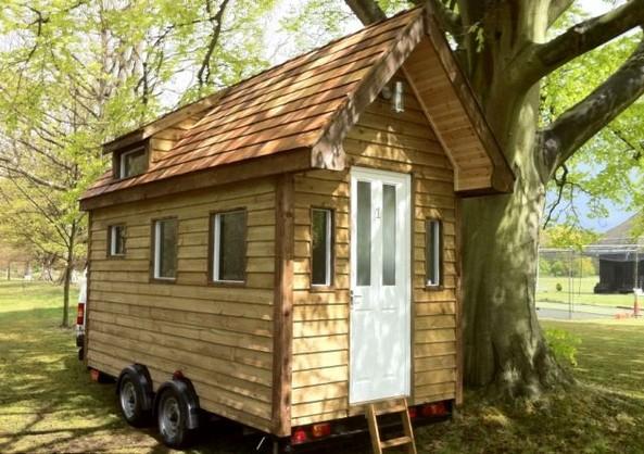 样板间图片—可移动花园棚式迷你小木屋