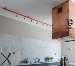 铜的家庭装饰用在厨房看起来特别神奇