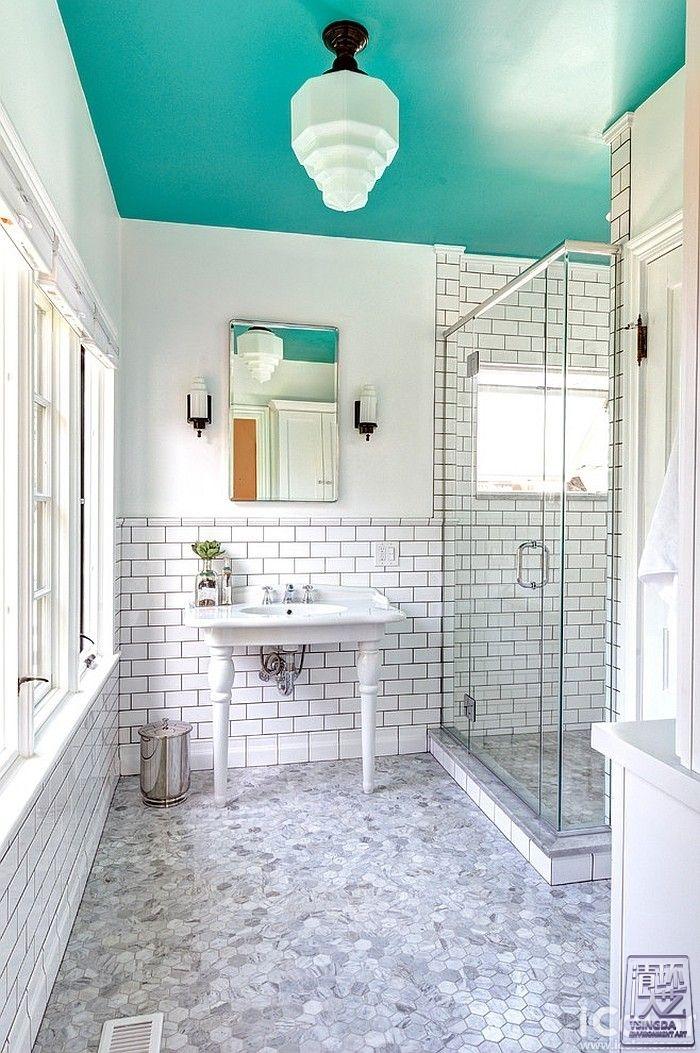 浴室情调如何提升  色彩来帮忙