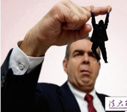 职场不顺原来是小人在作祟 来学学怎么治他!