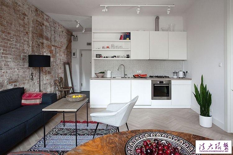 家具缓冲风格差,华沙56平米公寓轻松拥有混搭风