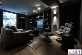 神秘的暮光气氛:时尚潮流风格公寓装饰设计