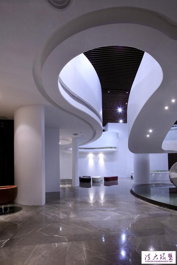 连志明-灵动的几何图形 天津金泰丽湾售楼处设计