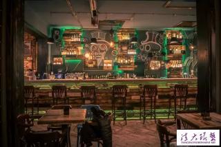 蒸汽朋克风酒吧室内装饰设计点亮机械梦