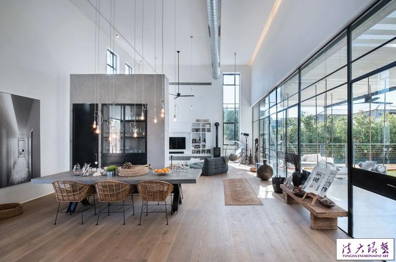 以色列特拉维夫简约工业风格现代豪宅设计