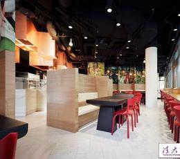 时尚的餐厅室内软装设计巧妙融合宗教元素