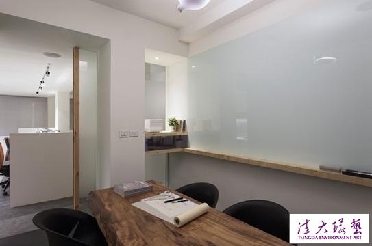 清新简约的办公空间设计营造家一般的享受