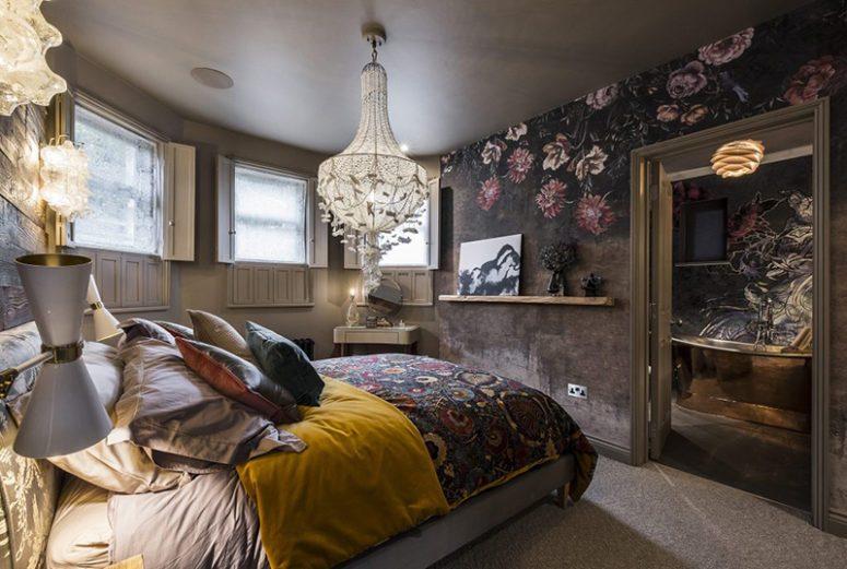 黑暗风格的精品酒店设计其室内装饰有种家常的感觉