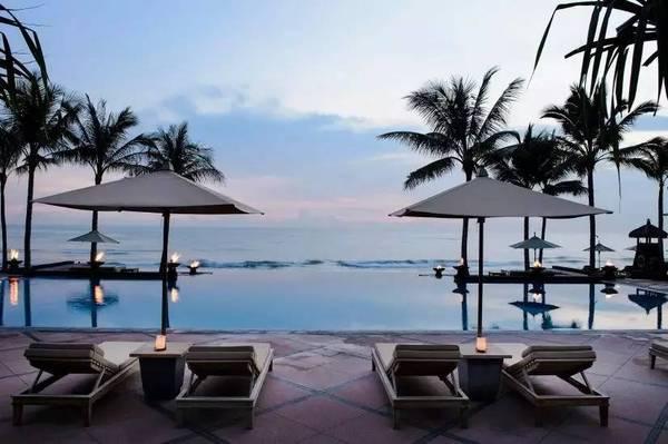 巴厘岛The Legian海边度假酒店设计赏识