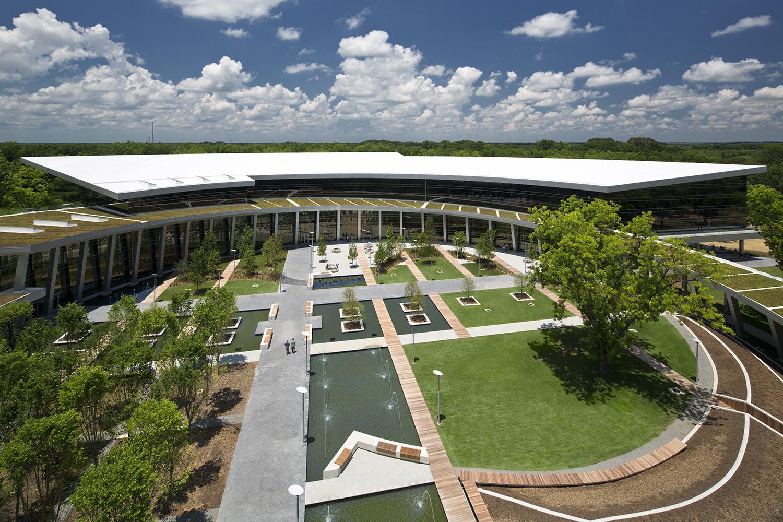 美国西北大学瑞安-沃尔特体育中心建筑设计