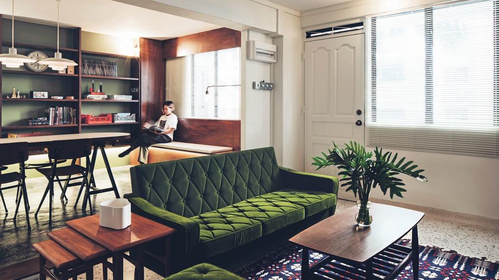 家庭旅游:一个转售的公寓,已经变成了具有老式学校魅力的单身公寓