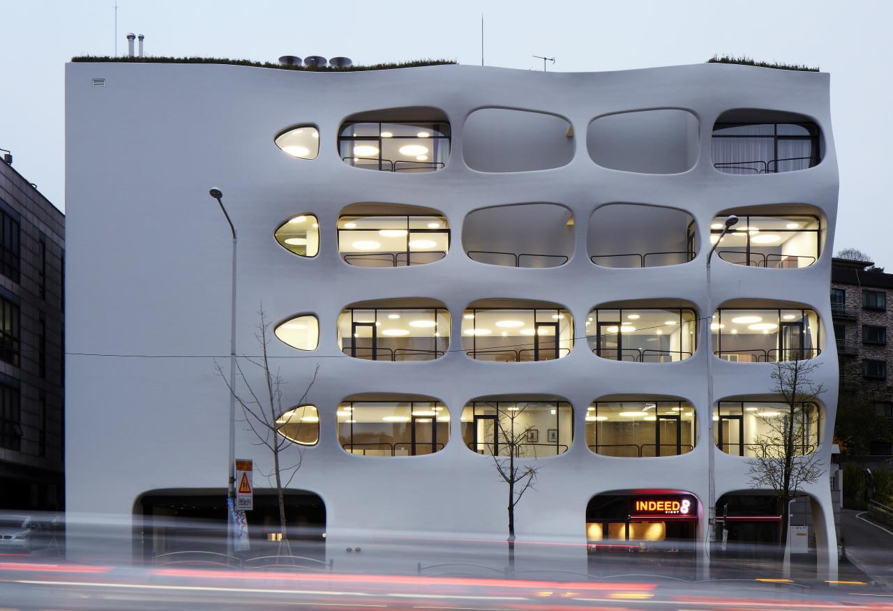 韩国首尔办公楼建筑设计