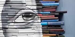 洛杉矶艺术家用旧书作画布,创作出惊人的艺术品