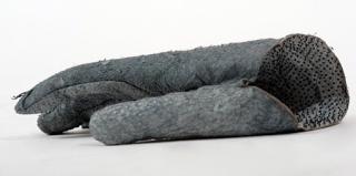 鲨鱼皮手套,你不能脱下手套