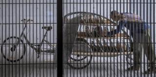 可行走的甲虫三轮车图书馆,设计师太有创意了!