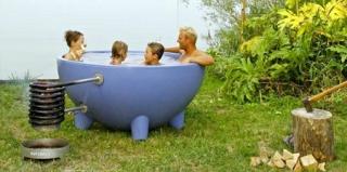 带来温暖的燃木热水浴缸设计