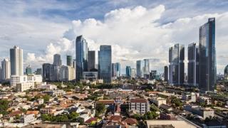 印尼将用新首都取代下沉的雅加达