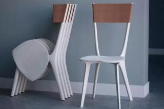 见过折叠椅,但你一定没见过这种折叠方法