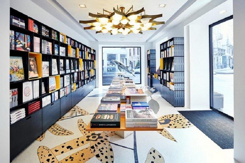 这种书店你一定没见过米兰塔森书店大胆的室内设计